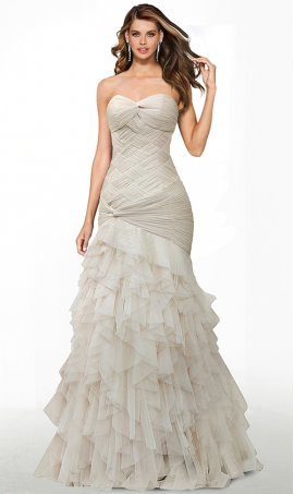 red-carpet-ready floor lenth tiered criss-cross ruched tulle mermaid prom formal evening dress